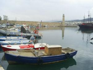 Fischerboote im alten Hafen von Rethimnon